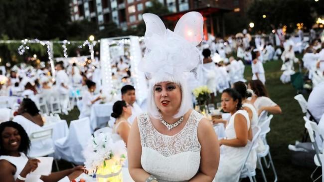 Perayaan makan malam rahasia paling terkenal digelar di New York pada Rabu (17/7) lalu. (REUTERS/Andrew Kelly)