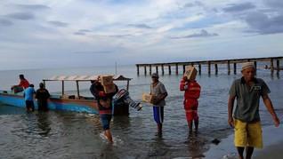 Terkena Gempa, Antam Salurkan Bantuan ke Warga Maluku Utara