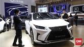 Lexus RX 300 F SPORT di GIIAS 2019, ICE BSD, Serpong, Kamis (18/7). (CNNIndonesia/Safir Makki)