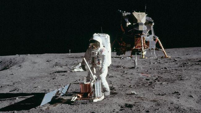 Astronaut Bakal Kenakan Baju 'Baru' untuk Misi ke Bulan