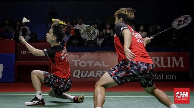 Kevin/Marcus tidak mengendurkan level permainan pada gim kedua dan menang 21-13 untuk memastikan tiket ke final. (CNN Indonesia/Adhi Wicaksono)