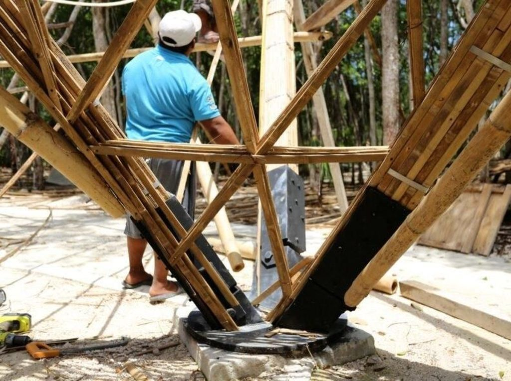 Luum temple dibangun dengan pola segitiga struktural dan tiang-tiang bambunya dijalin sangat kuat. Inhabitat-CO-LAB Design Office.