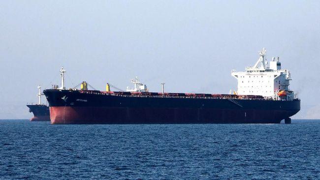Iran Sita Kapal Asing yang Diduga Selundupkan Minyak