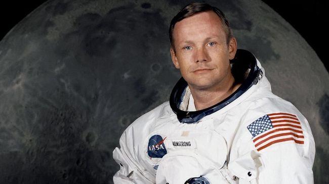 Rahasia Kematian Neil Armstrong dan Uang 'Tutup Mulut' Rp58 M