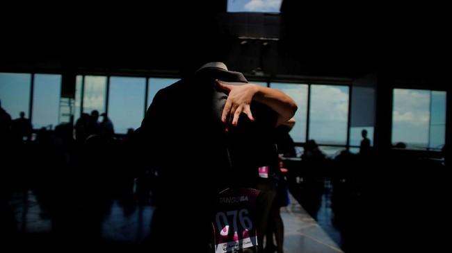 Kata tango, yang berasal dari Afrika, digunakan di seluruh Amerika Latin sekitar pergantian abad ke-19 untuk menggambarkan pertemuan sosial di mana budak dan orang kulit hitam bebas menari dengan suara drum. (REUTERS/Alexandre Meneghini).
