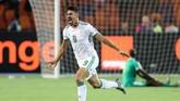 Aljazair unggul cepat atas Senegal melalui gol Baghdad Bounedjah pada menit kedua. (REUTERS/Suhaib Salem)