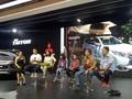 Keluarga Ini Bertualang Keliling Dunia dengan Pajero Sport