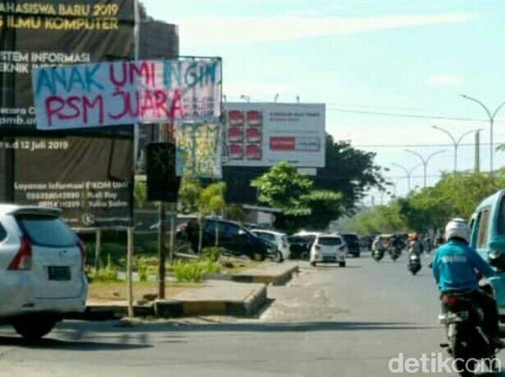 Untuk diketahui, hampir sekitar lima ratus orang suporter dari Makassar telah berada di Stadion Gelora Bung Karno Jakarta, untuk memberikan dukungan langsung kepada PSM yang akan melawan Persija. Sedangkan, bagi suporter yang berada di Makassar, mereka akan tetap mendukung PSM dengan cara menggelar nonton bareng di beberapa titik lokasi.