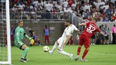 Karim Benzema gagal memanfaatkan peluang emas yang dimiliki berkat penampilan gemilangkiper Bayern MunchenManuel Neuer. (Kevin Jairaj/USA TODAY Sports)