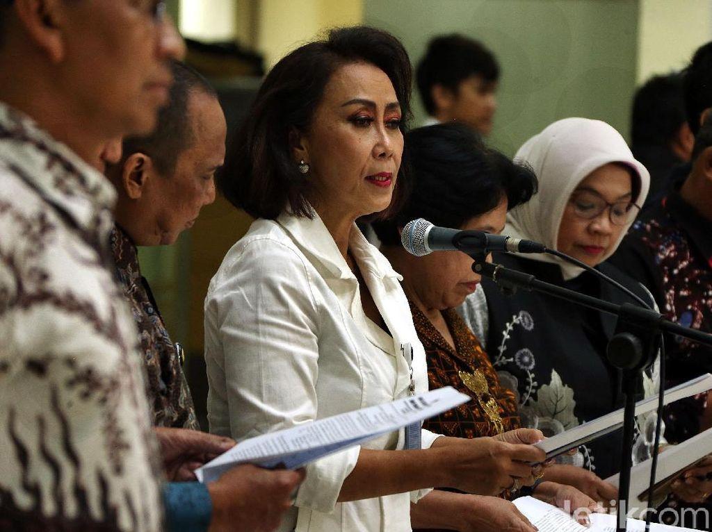 Ketua Pansel Capim KPK Yenti Garnasih mengatakan, sebanyak 104 orang dinyatakan lolos kompetensi.