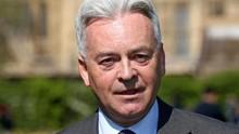 Boris Johnson Diprediksi Menang, Wamenlu Inggris Mundur