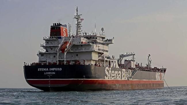 Diduga hal ini adalah aksi balasan Iran karena Angkatan Laut Inggris di Gibraltar menangkap kapal tanker mereka, Grace 1, saat melintas di kawasan itu. (Mizan News Agency/WANA Handout via REUTERS)