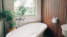 5 Cara Membersihkan Toilet Agar Tak Jadi Sarang Kuman