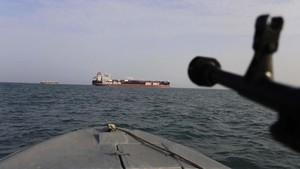 FOTO : Tanker Inggris Dalam Cengkeraman Iran