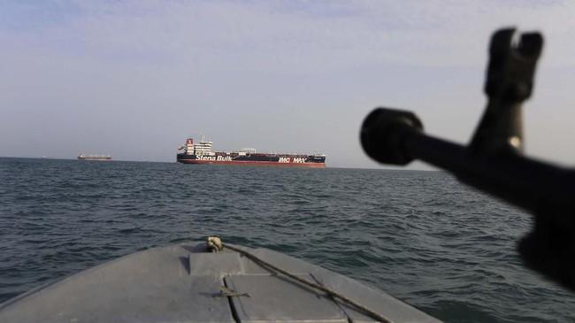 Angkatan Laut Iran menyita kapal tanker Stena Impero berbendera Inggris pada 20 Juli lalu. Peristiwa ini terjadi di Selat Hormuz. (Morteza Akhoondi/Tasnim News Agency via AP)