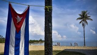 Dilema Politik di Pantai-pantai 'Surgawi' Kuba