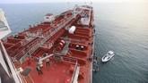 Penyitaan kapal tanker berbendera Inggris oleh pasukan Iran ini terjadi hanya beberapa jam setelah Mahkamah Agung Gibraltar mengumumkan akan memperpanjang masa penahanan kapal tanker Iran, Grace 1, yang disita dua pekan lalu. (ISNA/WANA Handout via REUTERS)