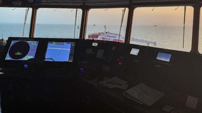 Kapal Stena Impero disita atas permintaan Organisasi Pelabuhan dan Maritim Hormozgan ketika melewati selat Hormuz, karena diklaim tidak menghormati aturan internasional kemaritiman. (Morteza Akhoondi/Mehr News Agency via AP)