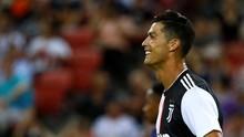 Ronaldo 'Hajar' Polisi di Sesi Latihan Juventus