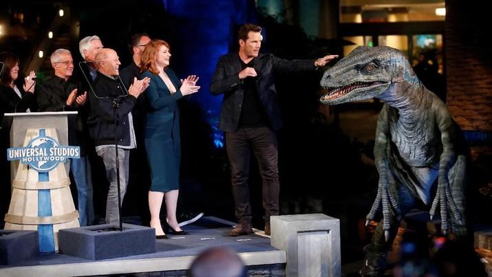 Seperti Nyata, Ini Wujud Dinosaurus di Wahana Jurassic World