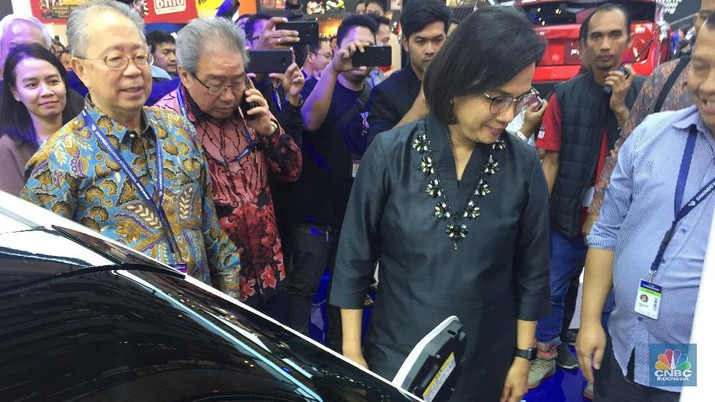Perpres Kendaraan Bermotor Listrik tinggal menunggu penetapan Presiden Joko Widodo (Jokowi) sebelum diundangkan pada pekan ini.