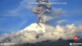 VIDEO: Gunung Kedua Tertinggi di Meksiko Meletus