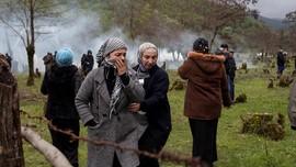 FOTO: Kisah Muslimah Georgia Bertahan Hidup di Tengah Konflik