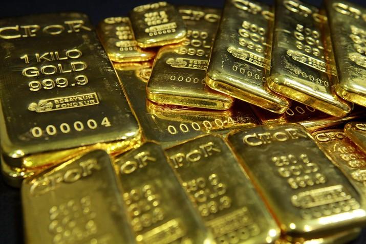 Pada perdagangan selama sepekan harga emas spot dunia mengalami sedikit koreksi sebesar 0,06% menjadi US$ 1.616,45 pada penutupan perdagangan dini hari tadi