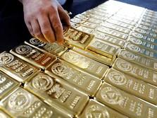 Investor Masuk Aset Berisiko, Harga Emas Dunia Terkikis