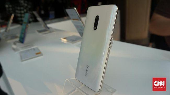 Realme Bakal Setop Produksi Realme 3 Pro dan Realme X