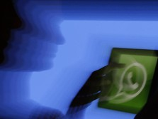 Ketika WhatsApp Web Tetap Bisa Dipakai Meski HP Anda Mati