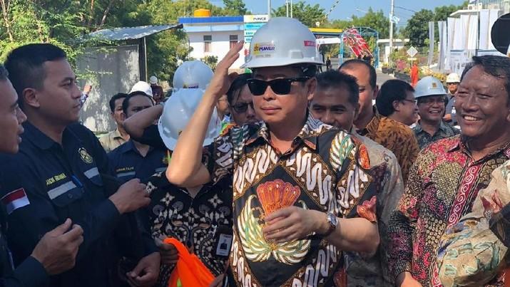 Jokowi dalam waktu yang tak akan lama akan segera merilis payung hukum percepatan pengembangan produksi mobil listrik