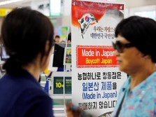 Tegang! Orang Korea Tak Mau Pakai Uniqlo, Kenapa?