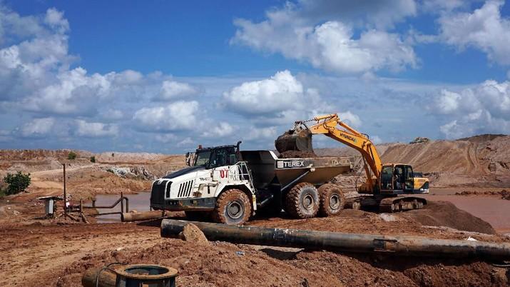 PT Timah Tbk. (TINS) akan membangun fasilitas oksidasi untuk mendukung produksi mineral tanah jarang.