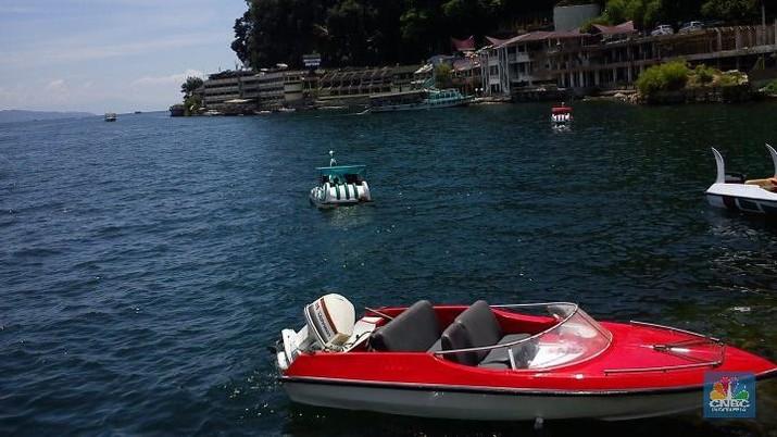 Bos Grab Sowan ke Luhut, Mau Buka Paket Tur Danau Toba
