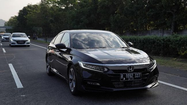 Honda Accord Turbo >> Rayuan Turbo Dan Fitur Cerdas Accord Baru
