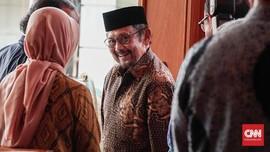 Kenangan Manis Reza Rahadian dengan BJ Habibie