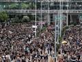 Demonstran Hong Kong Tantang Polisi dengan Taktik Baru