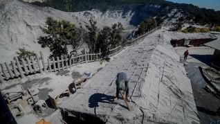 PVMBG: Gunung Tangkuban Parahu Erupsi Freatik, Belum Magmatik