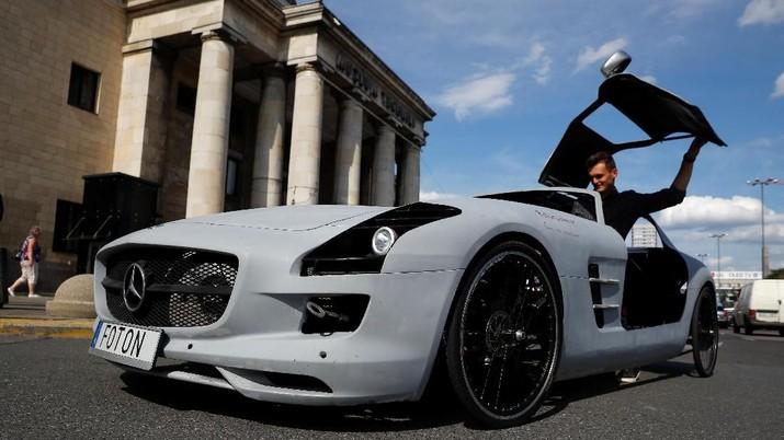 Bak 'Odong-Odong', Ada Mercedes Tenaga Kayuh di Polandia
