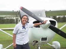 Bangga, 2 Putri Papua Wujudkan Mimpi Jadi Pilot Maskapai Top!