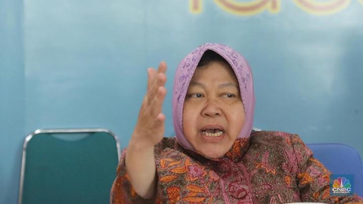 Anggota DPRD Kota Surabaya dari Fraksi Partai Golkar Agung Prasodjo hendak mengajukan hak interpelasi kepada Wali Kota Surabaya Tri Rismaharini.