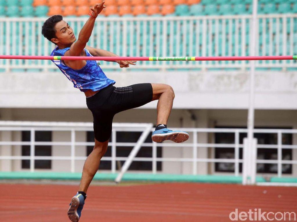 Aksi I Made Gede Antara Raih Emas di Kejurnas Atletik 2019