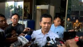 VIDEO: Taufik Hidayat Selesai Diperiksa KPK