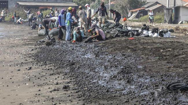Pertamina Belum Tahu Penyebab Kebocoran Minyak di Karawang