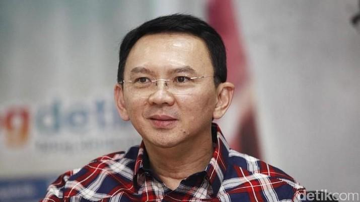 Mantan Gubernur Jakarta Ahok alias Basuki Tjahaja Purnama (BTP) mengaku tidak tertarik terjun ke industri kreatif melalui YouTube