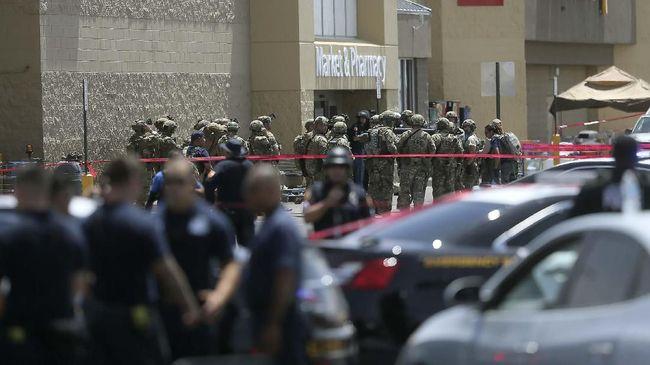 Pelaku Penembakan Texas Dipecat Beberapa Jam Sebelum Kejadian