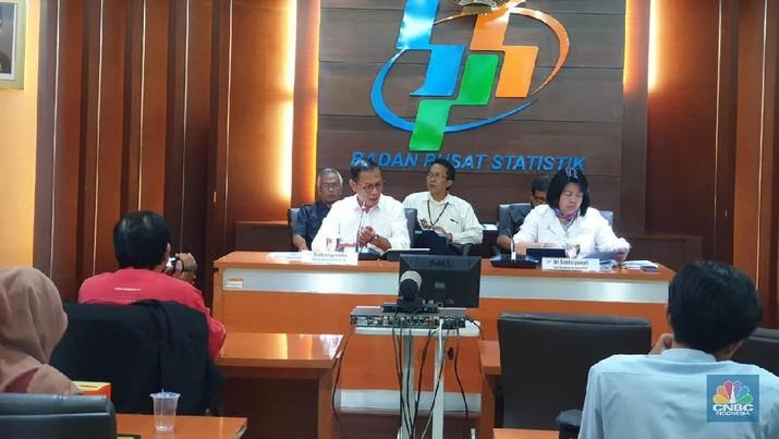 Badan Pusat Statistik (BPS) mencatat ekonomi Indonesia masih tumbuh namun sayangnya melambat.