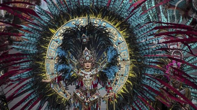 JFC 2019 diselenggarakan dengan sejumlah rangkaian acara. Setelah pembukaan, pada Kamis (1/8) akan digelar Pets Carnival. Kemudian Kids dan Artwear Carnival pada Jumat (2/8), lalu Wonderful Archipelago Carnival Indonesia pada Sabtu (3/8) dan Grand Carnival pada Minggu (4/8).(JUNI KRISWANTO / AFP)