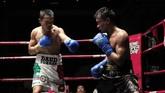 Daud Yordan tampil prima dalam pertarungan melawan Aekkawee Kaewmanee hingga akhirnya menghentikan perlawanan atlet tuan rumah usai ronde kelima.(Dok Mahkota Promotion)